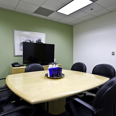 Office space in Warner Center, 6303 Owensmouth Avenue, 10th Floor