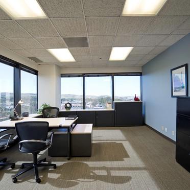 Office space in Carlota Plaza Center, 23046 Avenida de la Carlota, Suite 600