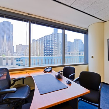 Office space in 203 North LaSalle Street