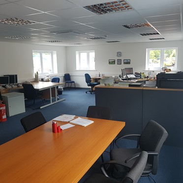 Office space in Birch House Business Centre Lon Parcwr