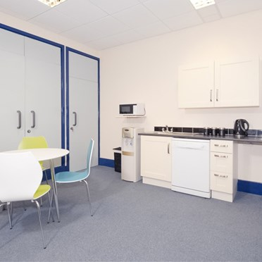 Compare Office Spaces, Fishponds Road, Wokingham, RG41, 3
