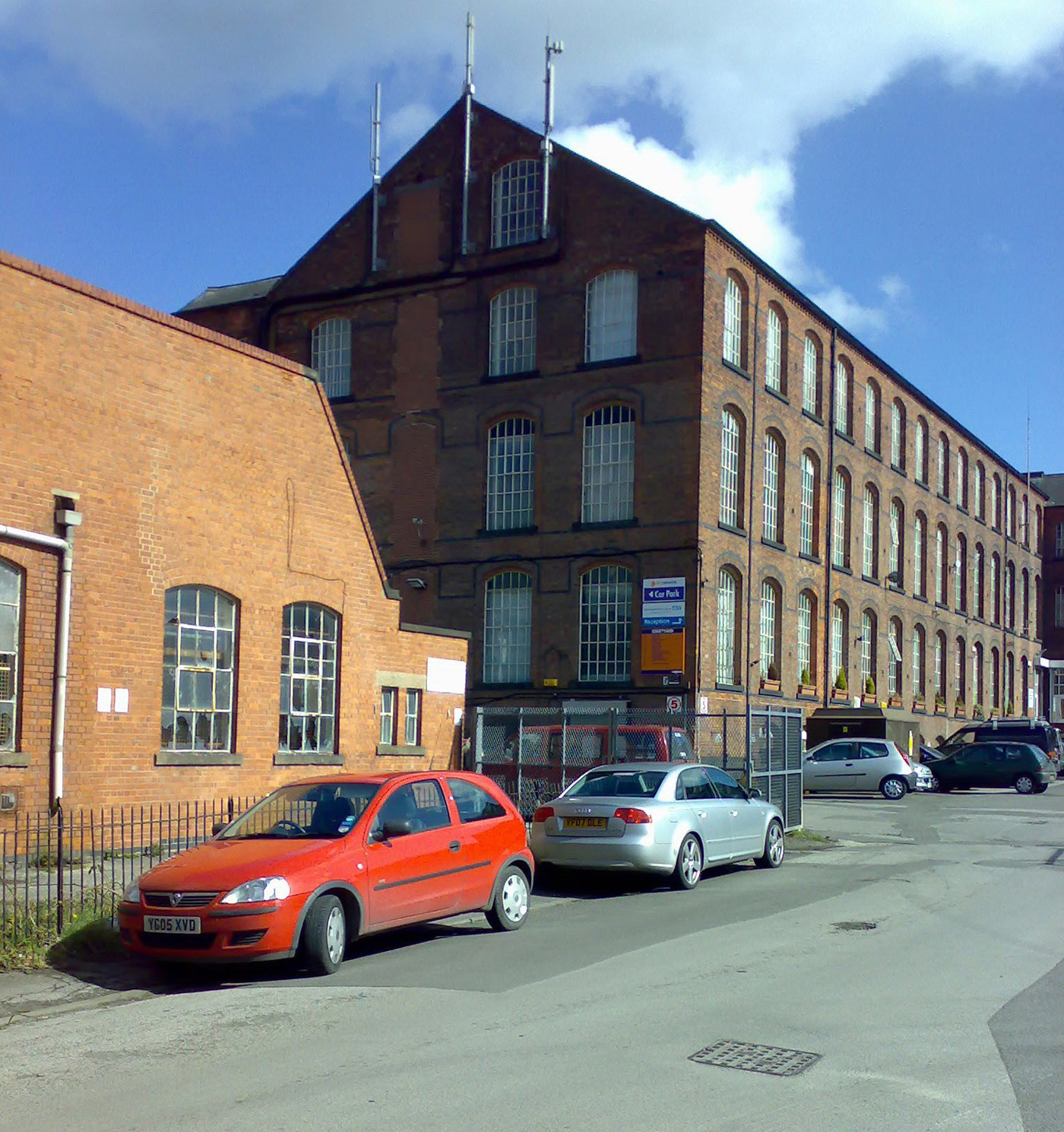 Office space in Nottingham Arnold - Byron Industrial Estate Brookfield Road