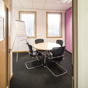 Office space in Abbey House, 450 Bath Road