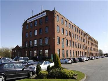 Office space in Hollinwood Business Centre Albert Street