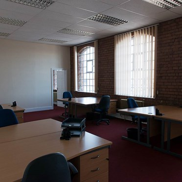 Office space in Bradford Court Business Centre, 123-131 Bradford Street