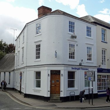 Office space in Davenports Business Centre, 14 Market Place