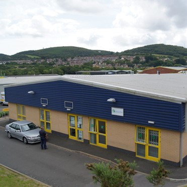 Office space in Western Industrial Estate Lon-Y-Llyn