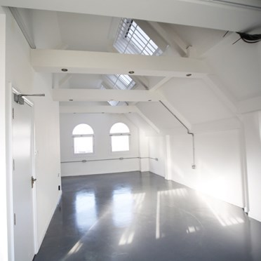 Office space in Cool Diamonds Studios, 16 Greville Street