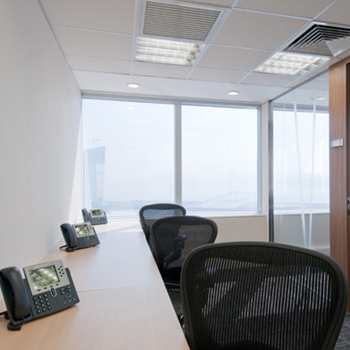 Office space in AIA Tower, 301 Avenida Commercial De Macau