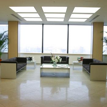Office space in Cerulean Tower, 26-1 Sakuragaoka-cho