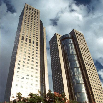 Office space in No. 207, Section 2 Tun Hwa South Road, Far Eastern Plaza