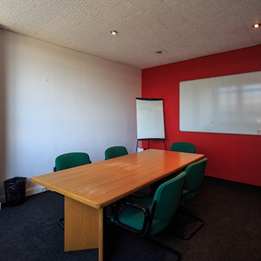 Office space in Park House, 15-23 Greenhill Crescent