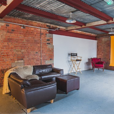 Office space in Abion Brewery Tower, Shiny Studio Foundry Street