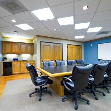 Office space in 1831 E 71st Street