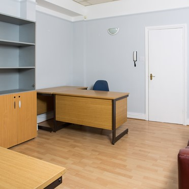 Office space in Golders Green Business Centre, 3-5 Accommodation Road
