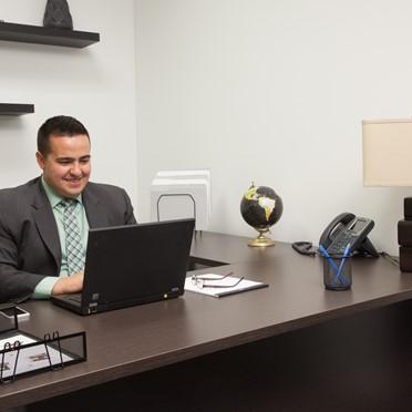 Office space in 114-4 Avenue SW