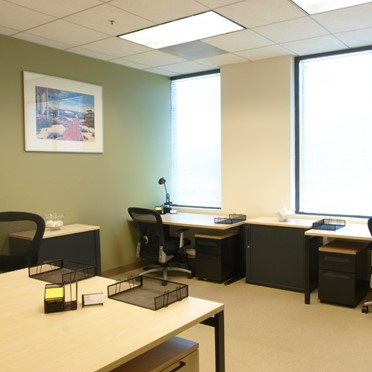 Office space in Glendale Plaza, 655 North Central Avenue, 17th Floor