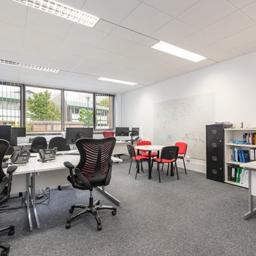 Compare Office Spaces, Fishponds Road, Wokingham, RG41, Main