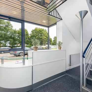 Compare Office Spaces, Fishponds Road, Wokingham, RG41, 2