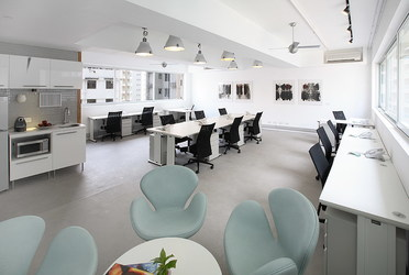 Office space in Izi Central, 151 Hollywood Road