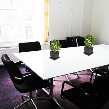 Office space in The Crescent, 12 King Street