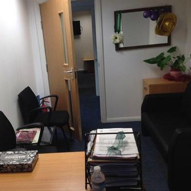 Office space in 141-143 King Street