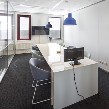 Office space in Teleport Towers, 151 Kingsfordweg