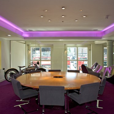Office space in 64 Knightsbridge