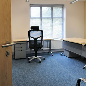 Office space in 127 High Road