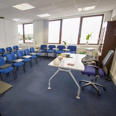 Office space in Peel House, 32-44 London Road