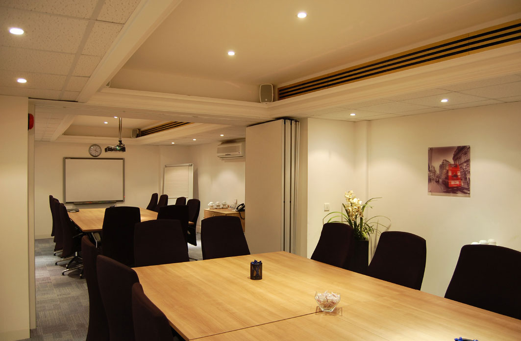 Office space in Longcroft House, 2-8 Victoria Avenue