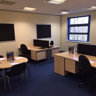 Office space in Longfields Court Wharncliffe Business Park