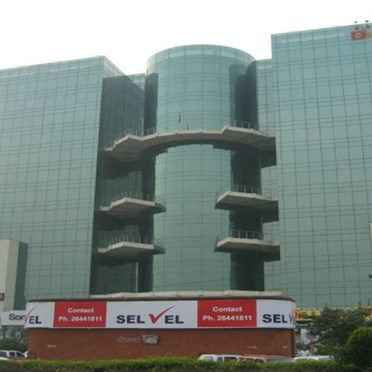 Office space in Pitampura.  605, D Mall Netaji Subhash Place, Ring Road