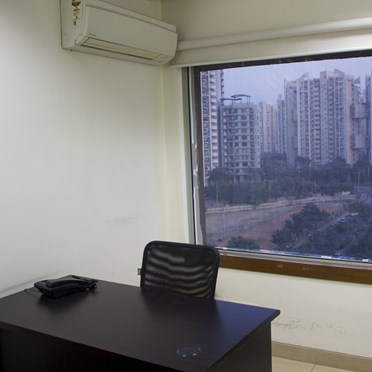 Office space in Nirvana Courtyard Sector 50