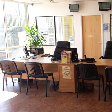 Office space in Adams Selfstore, 70 Price Street