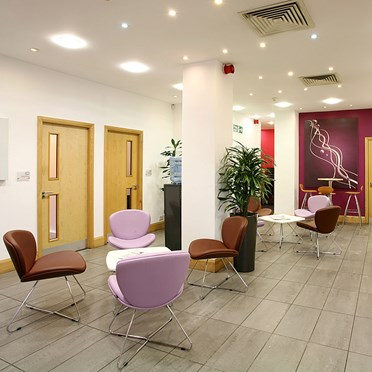 Serviced offices in Omnia One Queen Street
