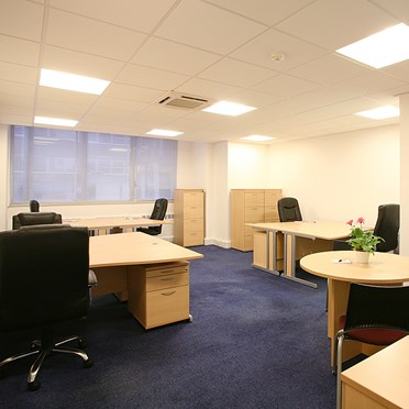 Office space in Omnia One Queen Street