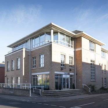 Office space in Abbey House, 25 Clarendon Road