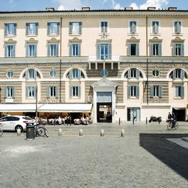 Office space in Palazzo Valadier 18 Piazza del Popolo