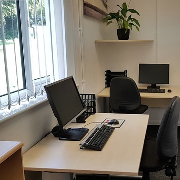 Office space in The Centre, Unit 8, Building 2 Sandwich Industrial Estate