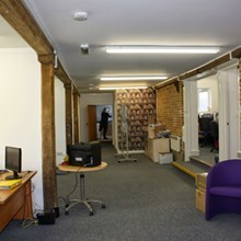 Office space in Thrales End Thrales End Lane