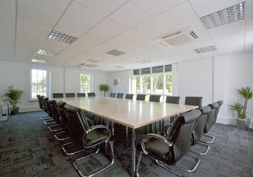 Office space in Thremhall Park Start Hill
