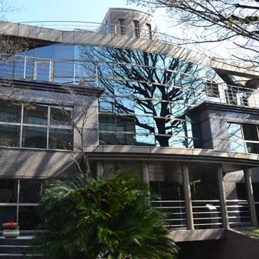 Office space in Daikanyama, 1F & 2F Frances Building 2-19-9 Ebisu Nishi