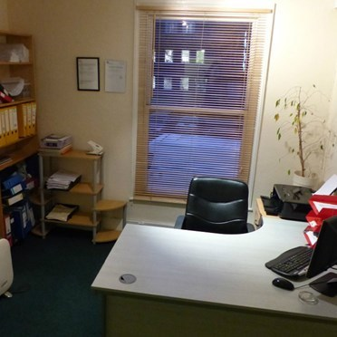 Office space in Jeffersons Business Centre, 6 South Bar Street