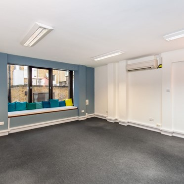 Office space in 7-8 Crescent Stables, 139 Upper Richmond Road