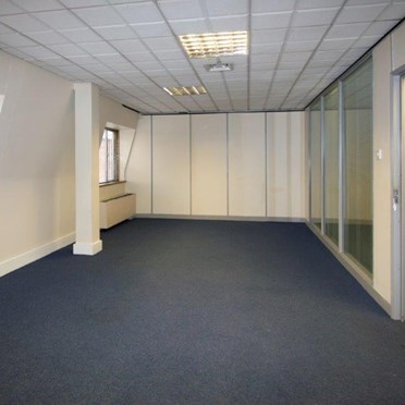 Office space in Uxbridge House, 460/464 Uxbridge Road