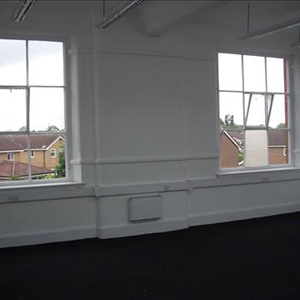 Office space in Vauxhall Business Estate Grag Street