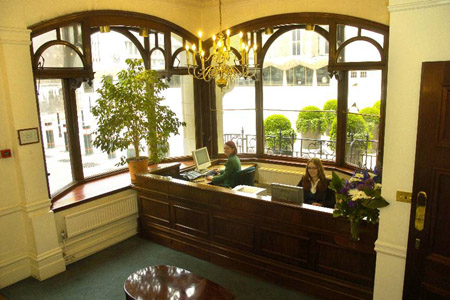 Office space in Blackwell House Guildhall Yard