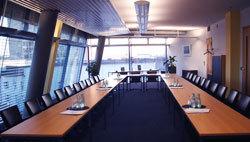 Office space in Kranzler Eck, 21 Kurfuerstendamm