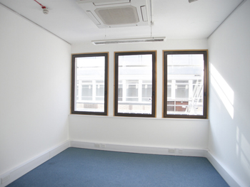 Office space in Q West Great West Road